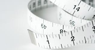 closeup-of-measuring-tape-PJBUNNU